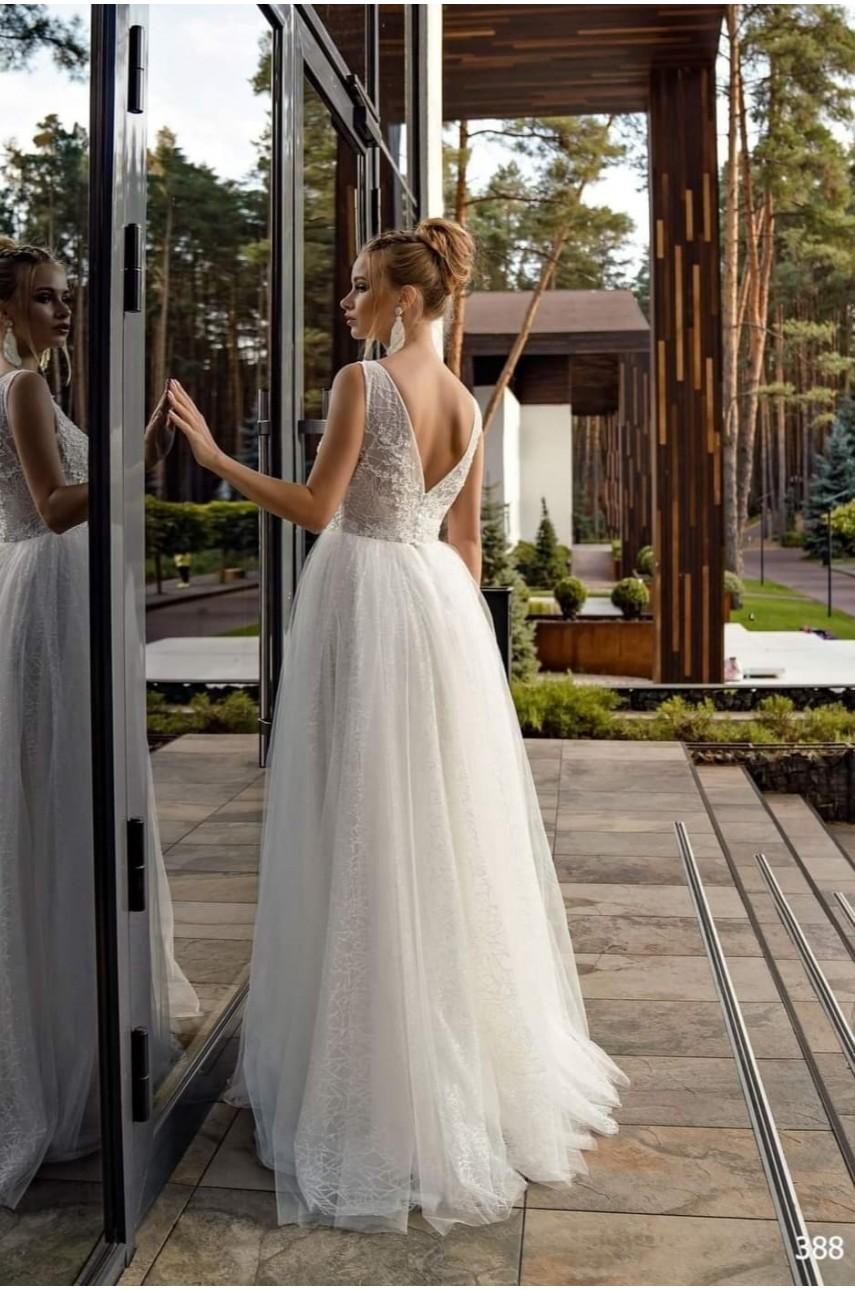 """Kolekcja """"Flame"""" 2020, Suknia Ślubna model 388"""