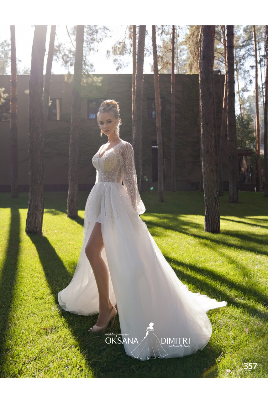 "Collection ""Flame"" 2020, Wedding Dress model 357"